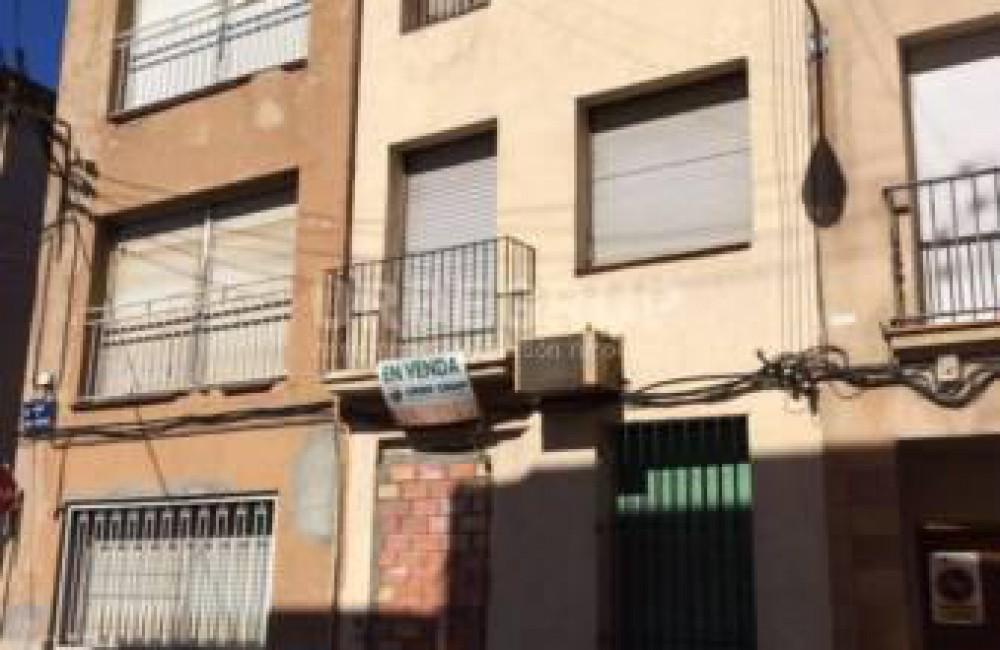 Casa en venta solar en el centro de terrassa - Casas terrassa centro ...
